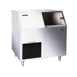 Flake-Style Ice Maker with Bin